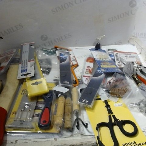 LOT OF ASSORTED HOUSEHOLD ITEMS TO INCLUDE; TOOLS, KITCHEN AIDS, FISHING ACCESSORIES ETC