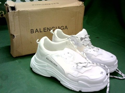 WHITE TRAINERS IN THE STYLE OF BALENCIAGA SIZE EU 39