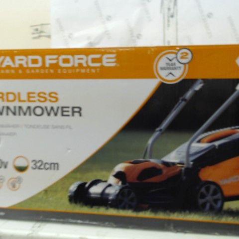 YARD FORCE 40V 32CM CORDLESS LAWNMOWER