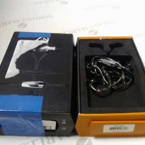 V-MODA ZN IN-EAR MODERN AUDIOPHILE HEADPHONES WITH 3 BUTTON REMOTE AND MICROPHONE
