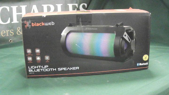 BLACKWEB LIGHT UP BLUETOOTH SPEAKER