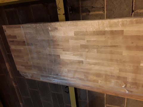 26MM THICK SOLID WOOD WORKTOP APPROXIMATELY 3M