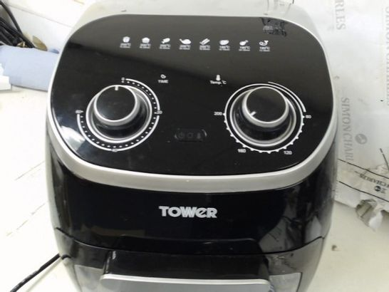 TOWER 5-IN-1 MANUAL AIR FRYER OVEN WITH ROTISSERIE 11L
