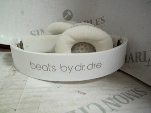 BEATS BY DR DRE SOLO HEADPHONES - WHITE