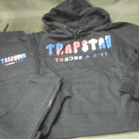 TRAPSTAR HOODIE AND JOGGERS SET IN BLACK - M