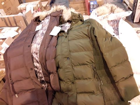 BOX OF APPROX 10 WOMENS COATS INCLUDING MAROON , OLIVE AND MISTY ROSE FAUX FUR RINO & PELLE