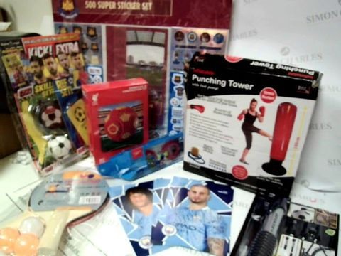 ASSORTED SPORTING GOODS APPROX. 15PC
