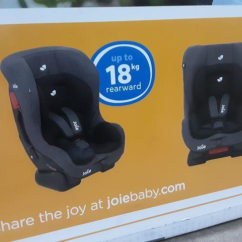 BOXED JOIE TILT BABY CAR SEAT- NAVY BLAZER