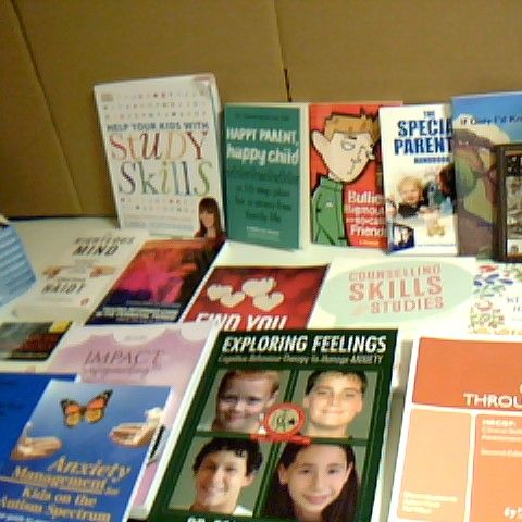 ASSORTMENT OF 25 NON FICTION BOOKS INCLUDING HAPPY PARENT HAPPY CHILD, THE SPECIAL PARENT BOOK (X9) AND THE WELLBEING JOURNAL