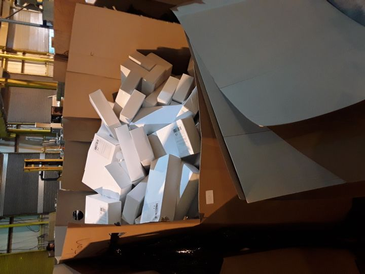 PALLET CONTAINING A LARGE QUANTITY OF BRAND NEW MANISSA SEALED ANTI FOG GOGGLES (BOXES OF 10)
