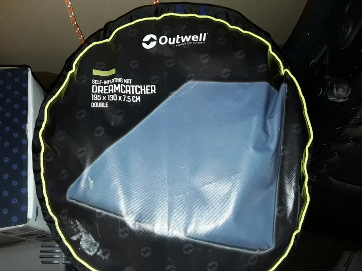 PALLET OF ASSORTED OUTDOOR AND CAMPING ITEMS TO INCLUDE OUT WELL SELF INFLATING MATTRESS, CAMPING AIRCONDITIONER, ELECTRIC COOLING HOSES AND FOLDING CHAIRS