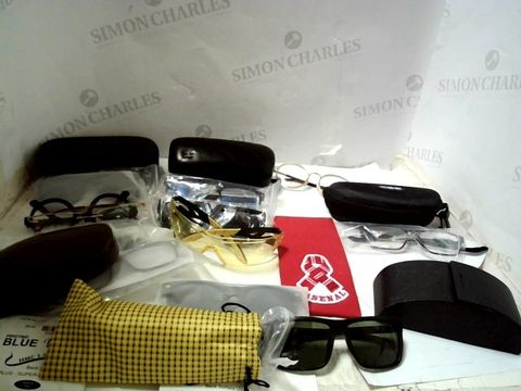 LOT OF APPROXIMATELY 25 ASSORTED EYEWEAR ITEMS TO INCLUDE; SPECTACLES, SUNGLASSES ETC