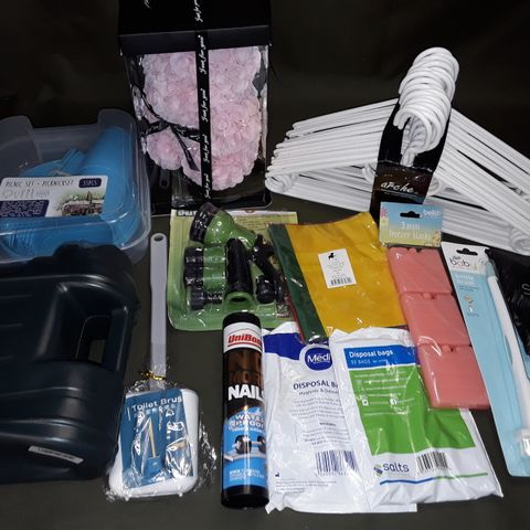 LARGE QUANTITY OF ASSORTED HOUSEHOLD ITEMS TO INCLUDE 31-PIECE PICNIC SET, SOAP FLOWER BEAR AND DISPOSABLE BAGS