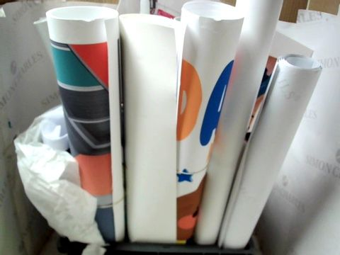 LOT OF ASSORTED POSTERS, PRINTS AND ARTWORKS ETC