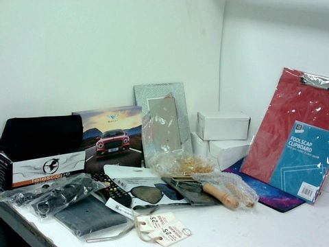 SMALL BOX OF ASSORTED HOMEWARE ITEMS TO INCLUDE SMALL TELESCOPE, BENTLY PAPER CLOCK, PHOTOFRAME, GALAXY MOUSEMAT