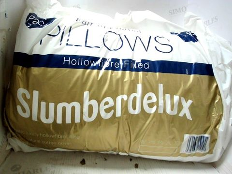 PAIR OF SLUMBERDELUX HOLLOWFIBRE FILLED PILLOWS