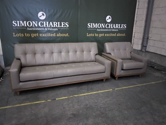 QUALITY G PLAN VINTAGE CAPRI MUSHROOM LEATHER LOUNGE SUITE, COMPRISING, LARGE THREE SEATER SOFA & EASY CHAIR