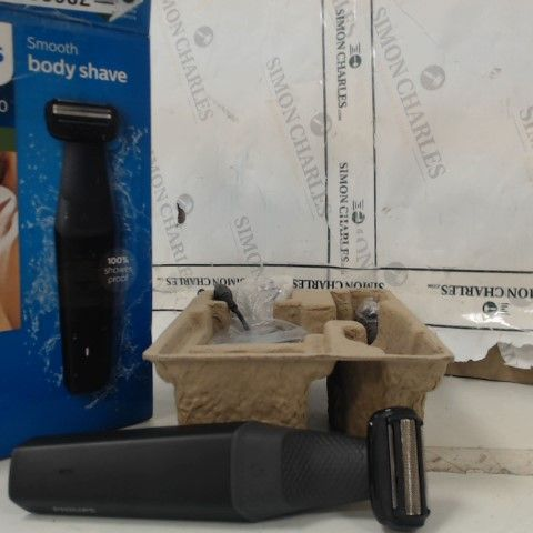 PHILIPS SERIES 3000 SMOOTH BODY SHAVER