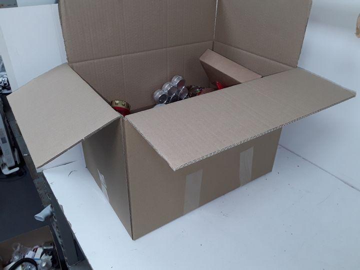 MEDIUM BOX OF ASSORTED CANDLES