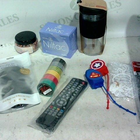 LOT OF APPROX. 15 ASSORTED ITEMS TO INCLUDE: LARGE GLITTER PIECES, NILTAC MEDICAL ADHESIVE REMOVER, MAKITA DRILL BIT