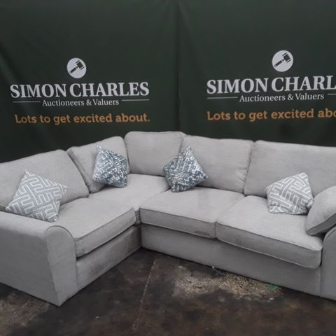 QUALITY GREY FABRIC CORNER SOFA WITH ACCENT CUSHIONS